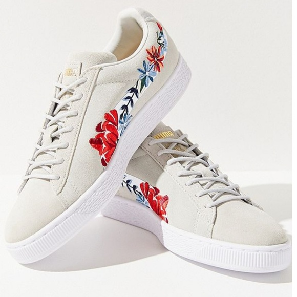 on sale 9f82a 8db1d Puma Basket Heart Hyper Embroidered Sneaker
